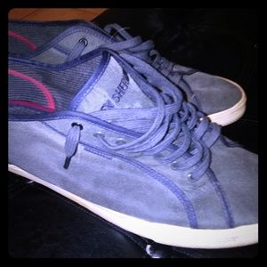 Navy and red wine cream sole Ben Sherman low tops